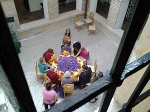 Monda de la rosa del azafrán en el Museo del Azafrán, Madridejos (Toledo)