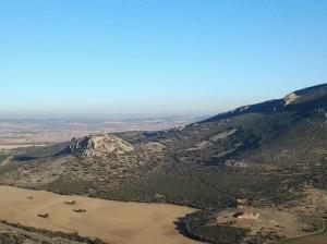 Vista del Castillo de Salvatierra y campos aledaños (Calzada de Calatrava; Ciudad Real)